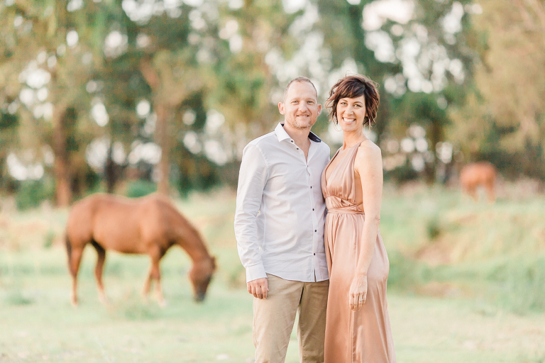 Stunning family photos with horse Albany Creek Brisbane
